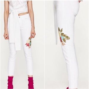 Zara White Floral Embroidered Distressed Jeans